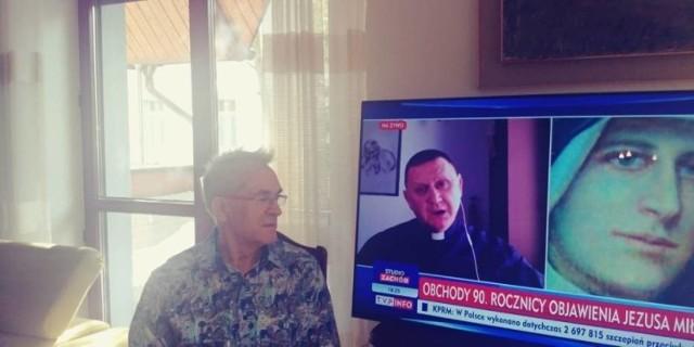 - Ile według Sony mogę dziennie oglądać TVP Info? Czy może mam w ogóle nie oglądać i być odciętym od informacji? – zastanawia się pan Tadeusz z Kielc.