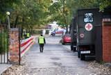 Ognisko koronawirusa w Domu Kombatanta w Zielonej Górze. Trwa ewakuacja. Co dalej z prowadzonym w placówce śledztwem?