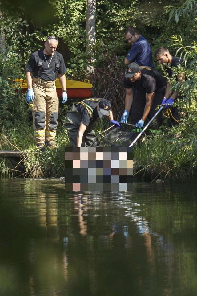 Strażacy wyciągnęli z Odry zwłoki mężczyzny