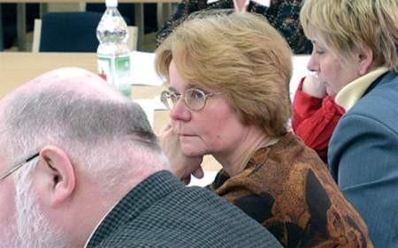 Radna Halina M.-O. przez cały czas trwania procesu nie opuszczała posiedzeń Rady Powiatu. zdjęcia: Wojciech Trzcionka