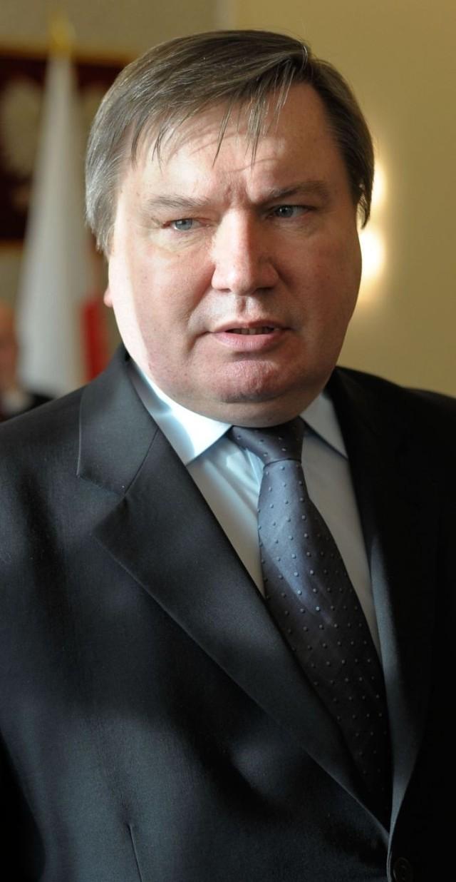 Jerzy Miller obiecał powodzianom pomoc do 100 tys. zł