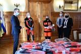 Samorząd zakupił kurtki dla ratowników [ZDJĘCIA]