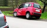 Dwa samochody osobowe zderzyły się na drodze w Jodłowniku