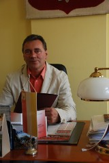 Sieraków. Rozmowa z Witoldem Maciołkiem, Burmistrzem Gminy Sieraków, na temat szczepień przeciwko koronawirusowi w gminie Sieraków