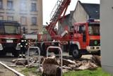 Pożar budynku z mieszkaniami chronionymi w Głuchołazach. Na szczęście dach szybko ugaszono