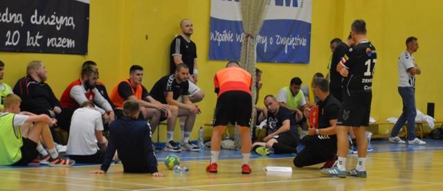 Piłka ręczna, Zew Świebodzin podczas treningu