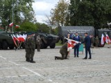 Po dwóch latach 18. Łomżyński Pułk Logistyczny na swój sztandar [zdjęcia]