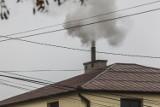 Smog nas dusi, bo rząd uchwalił dziurawe prawo, a Inspekcja Handlowa działa opieszale
