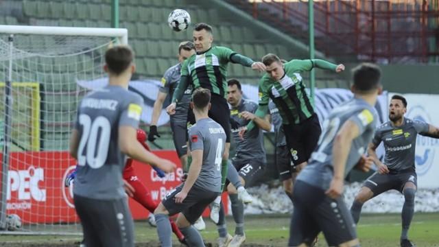 Podopieczni trenera Marcina Węglewskiego rozpoczęli rundę wiosenną od domowej porażki