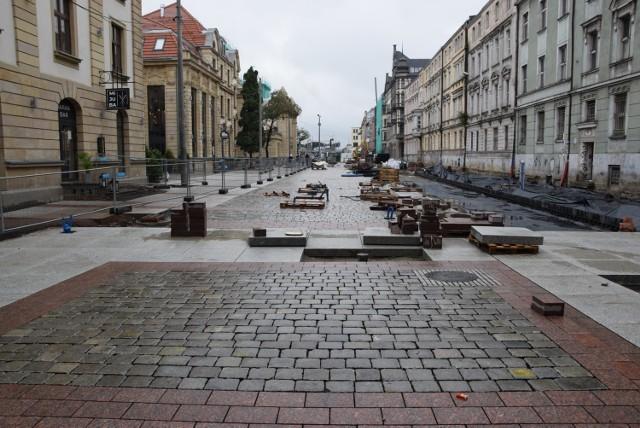 Dworcowa w Katowicach zmienia się w deptak