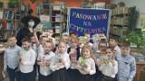 Pasowanie na czytelnika w Szkole Podstawowej nr 11 w Zduńskiej Woli ZDJĘCIA