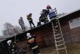 Pożar w zakładzie w Węgorzynku. Straty wyniosły 100 tysięcy złotych (ZDJĘCIA)