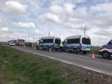 Opublikowano nagranie z wypadku czterech radiowozów w Brzoziu Lubawskim w powiecie nowomiejskim. Kilkoro policjantów w szpitalu!