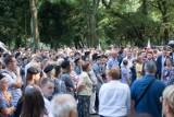 74. rocznica wybuchu Powstania warszawskiego. Przed pomnikiem Gloria Victis obecni byli Powstańcy i władze państwowe [ZDJĘCIA]