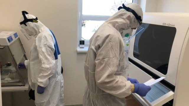 Minionej doby najwięcej nowych zakażeń COVID-19 odnotowano w Tarnowie. Koronawirusa potwierdzono tam u 29 mieszkańców