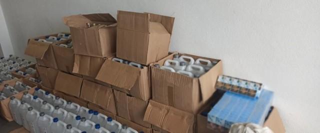 Policjanci z Chrzanowa zabezpieczyli nielegalny tytoń i spirytus