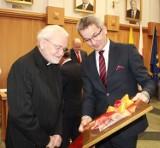 Ks. Henryk Bolczyk uhonorowany przez władze miasta. Prałat otrzymał tytuł Honorowego Obywatela Rudy Śląskiej