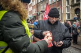 Zbiórka pieniędzy podczas pogrzebu Pawła Adamowicza. Owsiak zapowiedział zakup sprzętu dla hospicjum i karetki dla noworodków w Gdańsku
