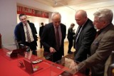 Czy wystawa o Edwardzie Gierku w Sosnowcu propaguje komunizm? Prezydent Chęciński: wystawą interesuje się policja