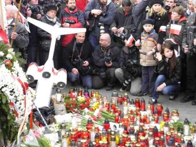 Druga rocznica smoleńska. Warszawa wspomni ofiary katastrofy