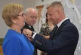 Złote Gody 2021 w gminie Dobrzyca. Przeżyli ze sobą pół wieku! Złote Pary odebrały medale za 50-lecie małżeństwa