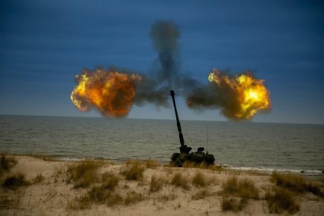 Ćwiczenia artyleryjskie 16. Pomorskiej Dywizji Zmechanizowanej na Centralnym Poligonie Sił Powietrznych w Ustce.