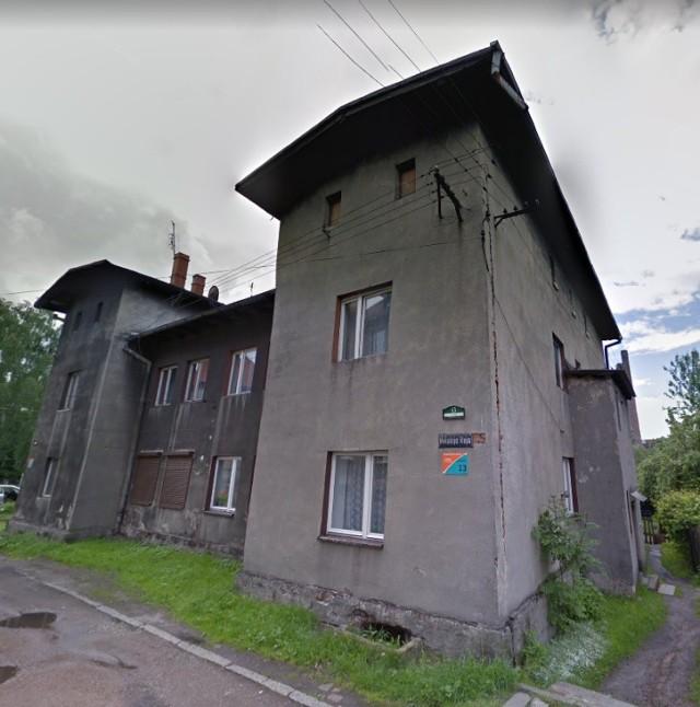Lokal mieszkalny położony w Bytomiu przy ul. Reja 13/5  Powierzchnia 45,45 m2  Cena wywoławcza 54 000,00 zł
