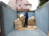 Bochnia. Ponad 15 ton makulatury dla Afryki zebrano w sobotę przy kościele św. Jana Nepomucena
