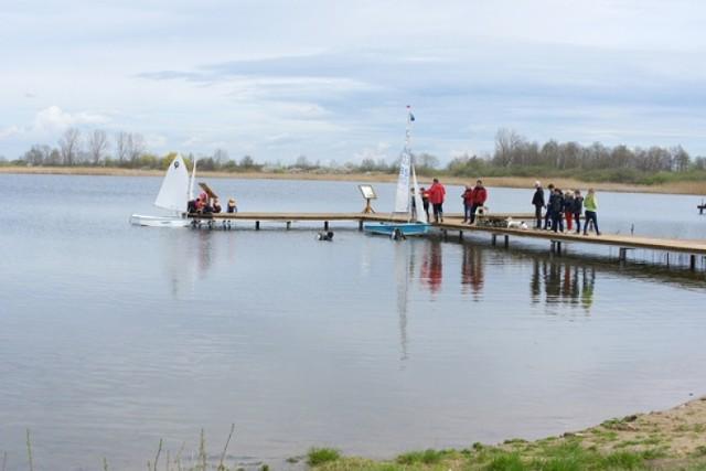 Wolontariat KGHM: akcja sprzątania jeziora Kunickiego