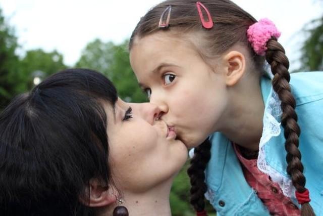 Agnieszka Kijas z 7-letnią córką Oliwią