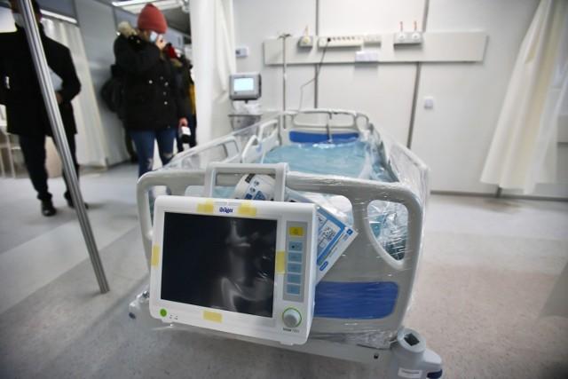 Koniec pierwszego etapu budowy szpitala tymczasowego przy ul. Rakietowej. Na razie nie będzie w nim pacjentów
