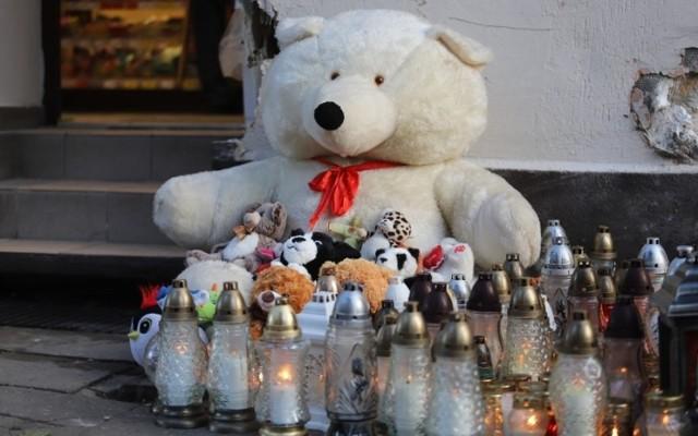 W niedzielę przed godz. 18.00 kierowca chevroleta wjechał w dziecko stojące przed przejściem dla pieszych. Chłopczyk zginął na miejscu.