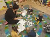 """Dzieci i dorośli mogą znaleźć dla siebie miejsce w Gminnym Klubie Dziecięcym """"Happy Kids"""" w Książkach w powiecie wąbrzeskim"""