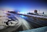 Klimatyczny zimowy Bulwar Nadwarciański w Koninie