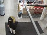 Poszukiwany w związku z kradzieżą alkoholu. Rozpoznajesz go?
