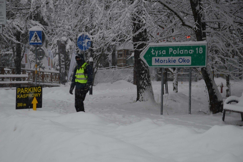 Zakopane Pod śniegiem W Nocy Spadło Ok 20 Centymetrów śniegu