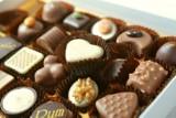 Osoby o takich objawach powinny jeść czekoladę. Takie są korzyści płynące z jej jedzenia! [lista]
