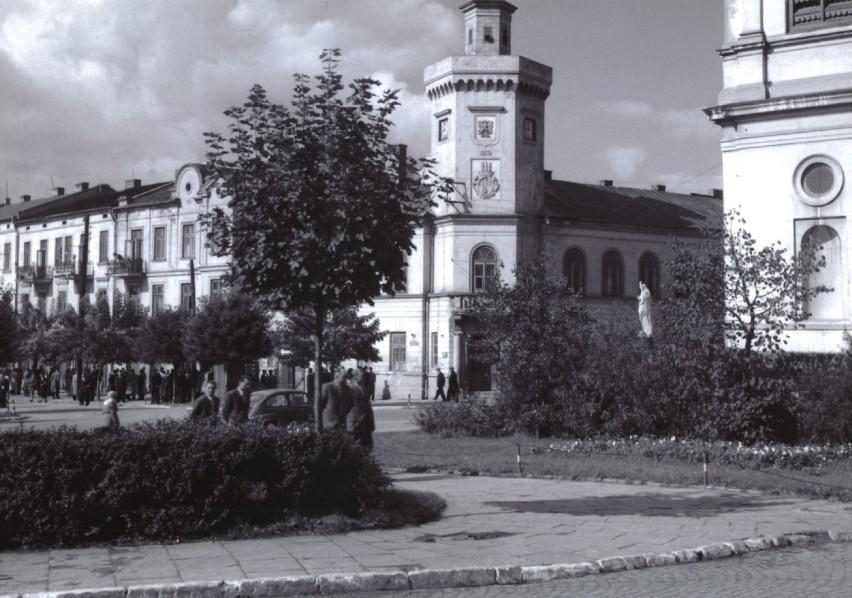 Tak wyglądało Radomsko w latach 50. i 60. XX wieku! Chwila na wspomnienia [ZDJĘCIA]