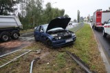 Wypadek na ulicy Sikorskiego w Legnicy. Kierowca nie posiada prawa jazdy [ZDJĘCIA]