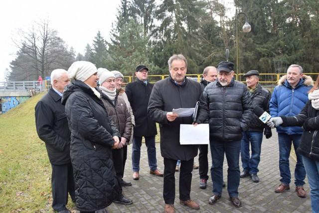 Komitet protestacyjny nie chce ani budowy obwodnicy, ani modernizacji drogi z Augustowa do Sejn