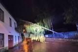 Nawałnica nad powiatem pabianickim. Zdjęcia strażaków