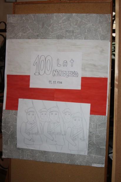 święto Niepodległości W I Liceum Wystawa Plakatów Zdjęcia