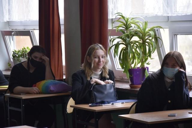 Dzisiaj maturzyści skierniewickiej Budowlanki pisali egzamin z matematyki