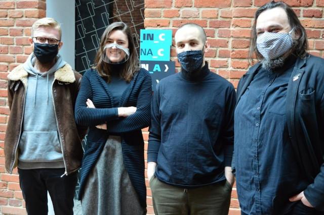 Wojciech Kamerys, Katarzyna Krawczyk, Jan Kazimierz Barnaś i Maciej Trzebeński zachęcają do udziału w konkursie