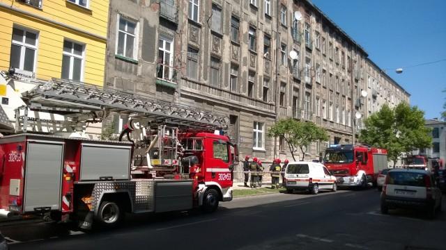 Na 1 Maja w Łodzi ewakuowano lokatorów kamienicy