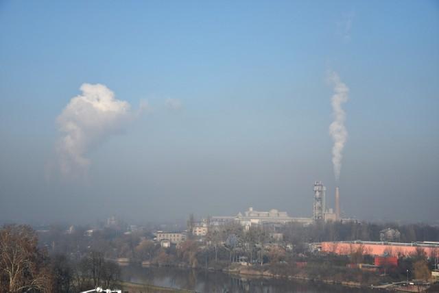 Smog w Opolskim. Ostrzeżenie przed złą jakością powietrza w Opolu, Kędzierzynie-Koźlu, Krapkowicach i Strzelcach Opolskich