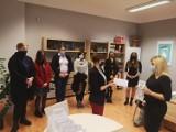 """Dziewczęta z """"elektronika"""" w Sosnowcu wygrały konkurs  informatyczny. Najlepiej programowały"""