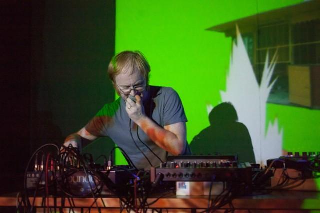 """""""Ventolin je živý elektronický hudební projekt"""" - jak pisze o sobie Ventolin. Pozostawimy to bez tłumaczenia"""