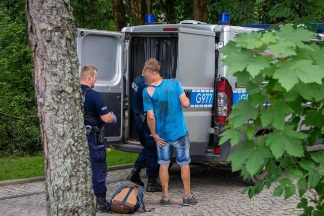 Pijany turysta z Pszczyny poszedł się załatwić, wpadł do potoku, a gdy wezwał służby - nie wiedział, gdzie się znajduje