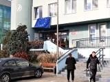 "Goleniów ""proeuropejski"". Unijna flaga pod oknem burmistrza Krupowicza"